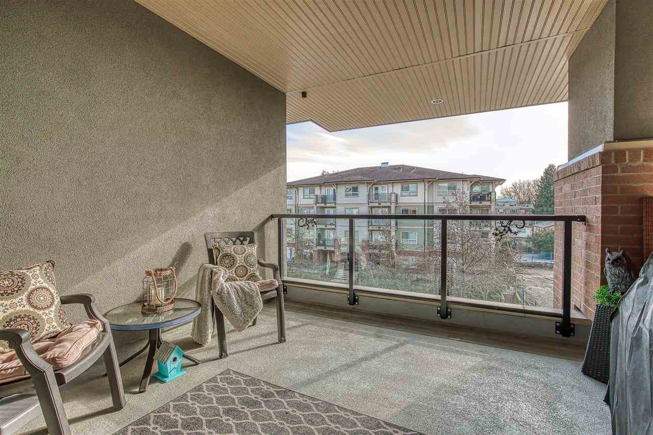 "Photo 19: Photos: 304 2349 WELCHER Avenue in Port Coquitlam: Central Pt Coquitlam Condo for sale in ""ALTURA"" : MLS®# R2435441"