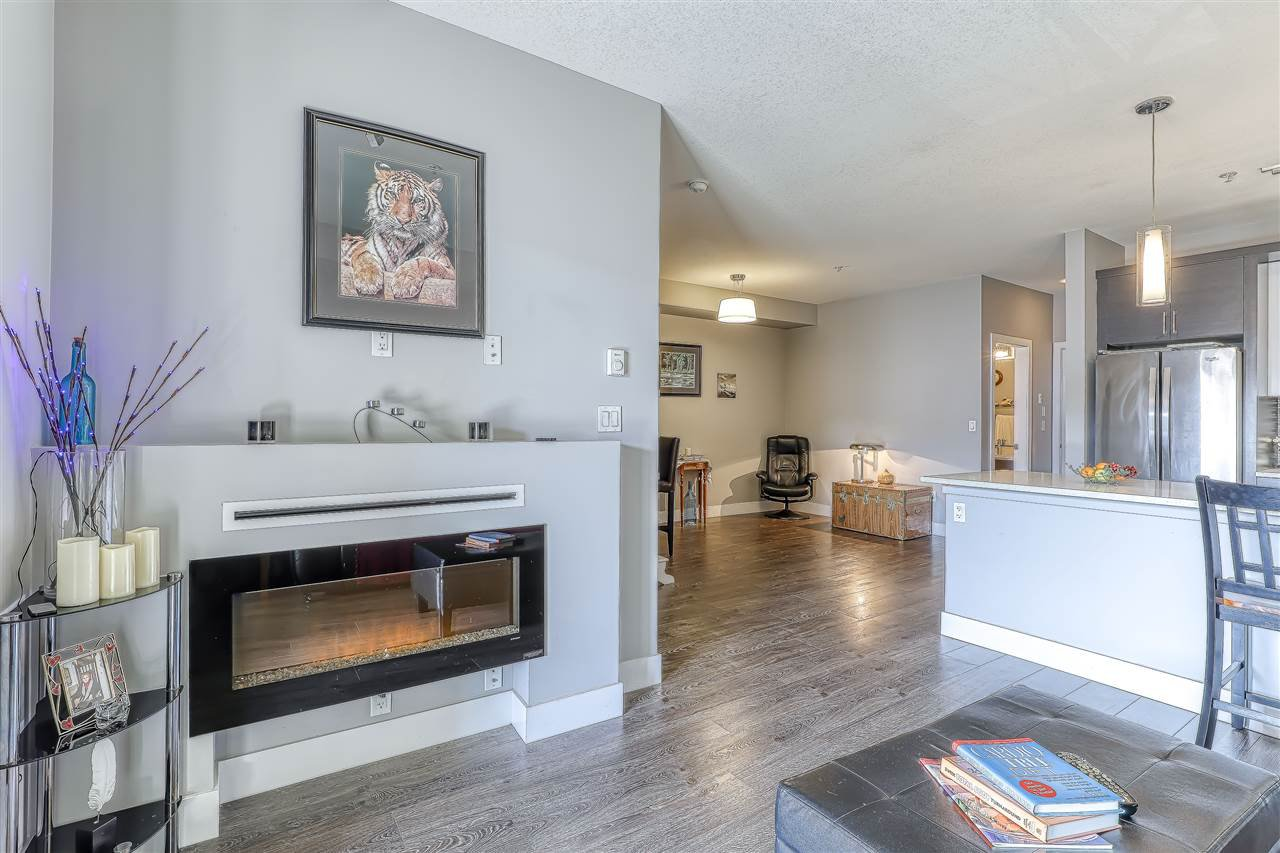 "Photo 13: Photos: 304 2349 WELCHER Avenue in Port Coquitlam: Central Pt Coquitlam Condo for sale in ""ALTURA"" : MLS®# R2435441"