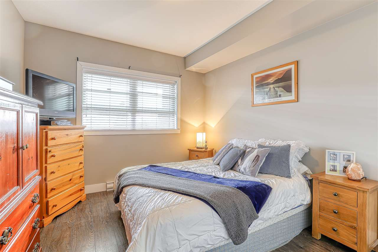 "Photo 16: Photos: 304 2349 WELCHER Avenue in Port Coquitlam: Central Pt Coquitlam Condo for sale in ""ALTURA"" : MLS®# R2435441"