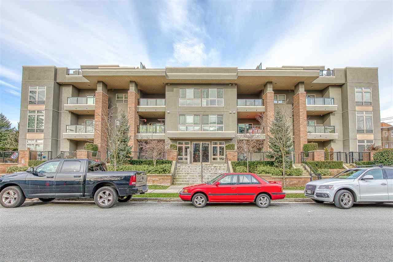"Main Photo: 304 2349 WELCHER Avenue in Port Coquitlam: Central Pt Coquitlam Condo for sale in ""ALTURA"" : MLS®# R2435441"
