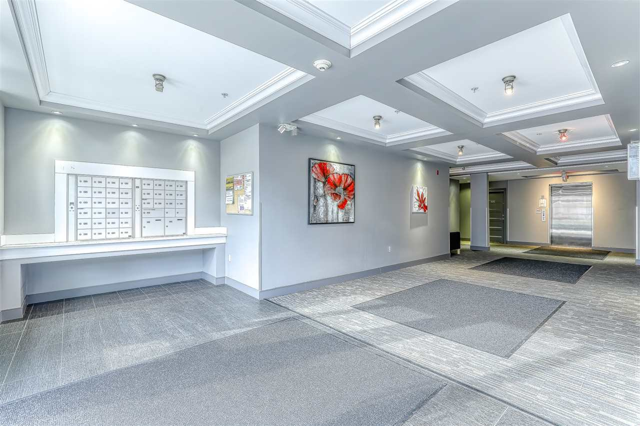 "Photo 4: Photos: 304 2349 WELCHER Avenue in Port Coquitlam: Central Pt Coquitlam Condo for sale in ""ALTURA"" : MLS®# R2435441"