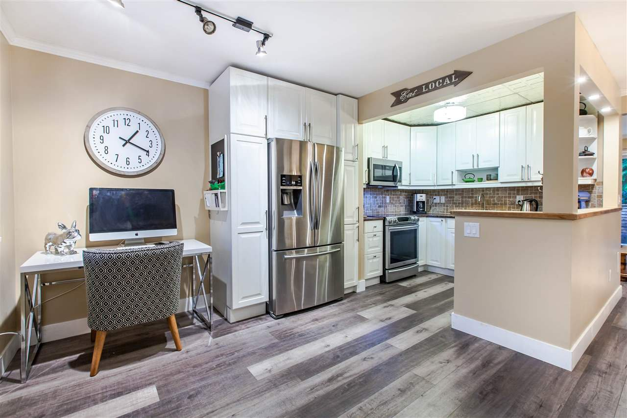 """Main Photo: 12 1960 RUFUS Drive in North Vancouver: Westlynn Townhouse for sale in """"Mountain Estates"""" : MLS®# R2431434"""