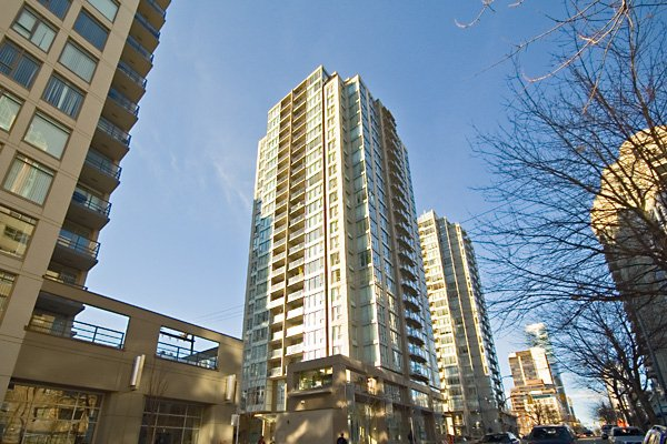 """Main Photo: 608 1010 RICHARDS Street in Vancouver: Downtown VW Condo for sale in """"GALLERY"""" (Vancouver West)  : MLS®# V656263"""
