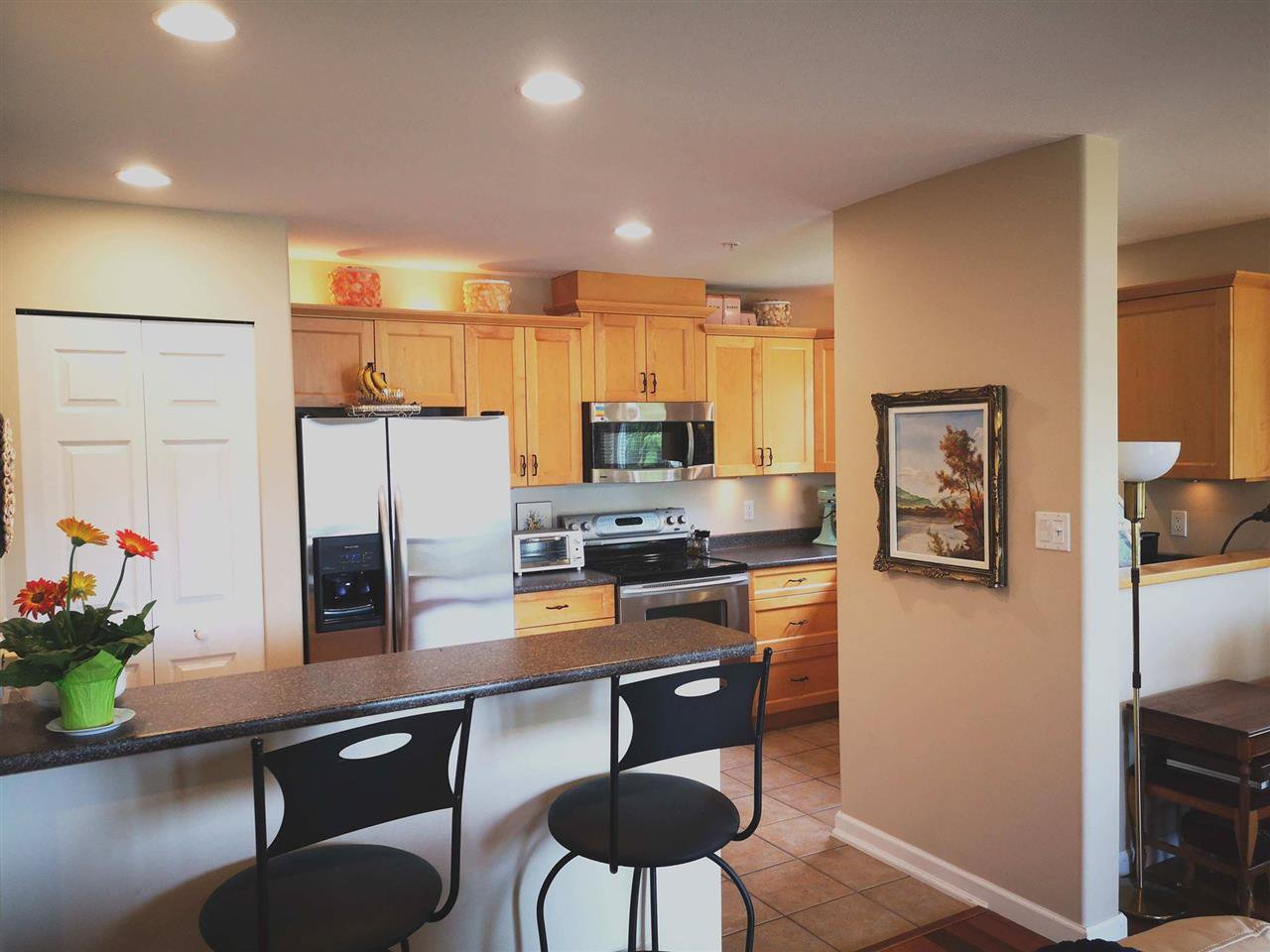 "Photo 5: Photos: W201 5780 TRAIL Avenue in Sechelt: Sechelt District Condo for sale in ""THE BLUFF"" (Sunshine Coast)  : MLS®# R2409652"