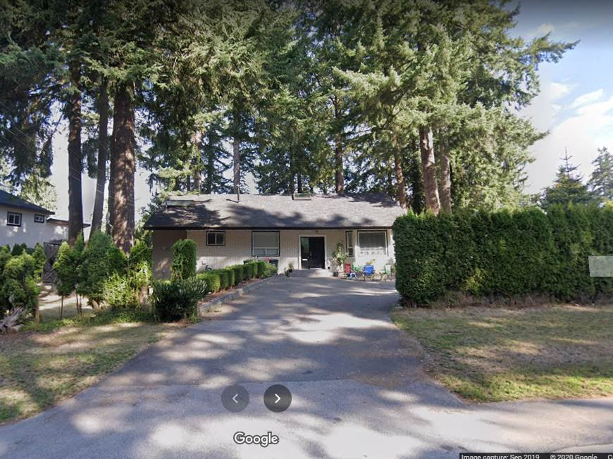 Main Photo: 12385 NEW MCLELLAN Road in Surrey: Panorama Ridge House for sale : MLS®# R2496347