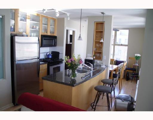 "Photo 1: Photos: 2202 969 RICHARDS Street in Vancouver: Downtown VW Condo for sale in ""MONDRIAN"" (Vancouver West)  : MLS®# V666095"