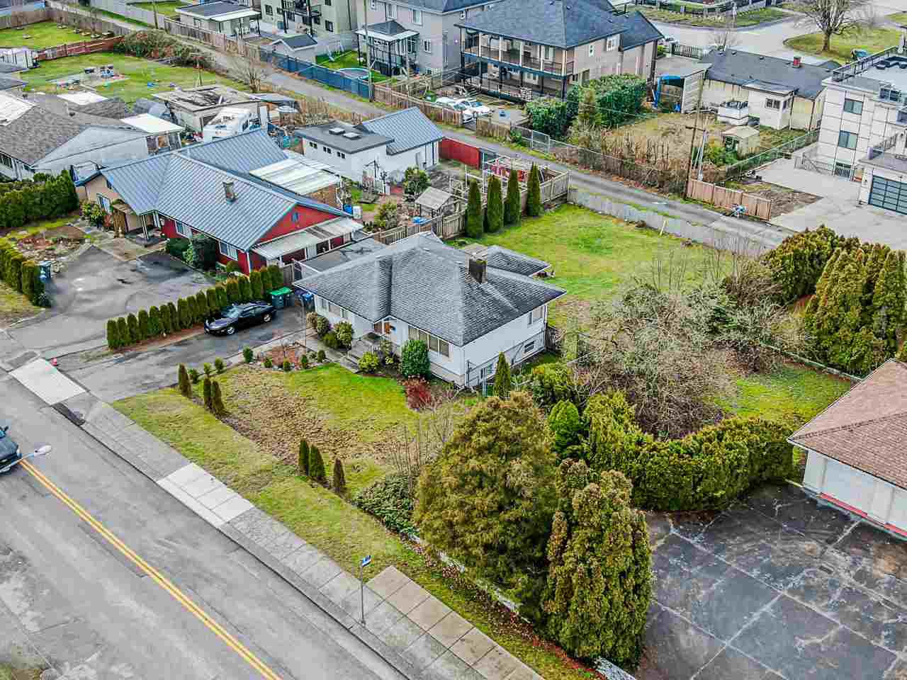 Main Photo: 11169 136 Street in Surrey: Bolivar Heights House for sale (North Surrey)  : MLS®# R2431564