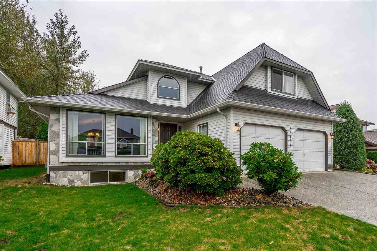 Main Photo: 32127 CLINTON AVENUE in Abbotsford: Abbotsford West House for sale : MLS®# R2406736