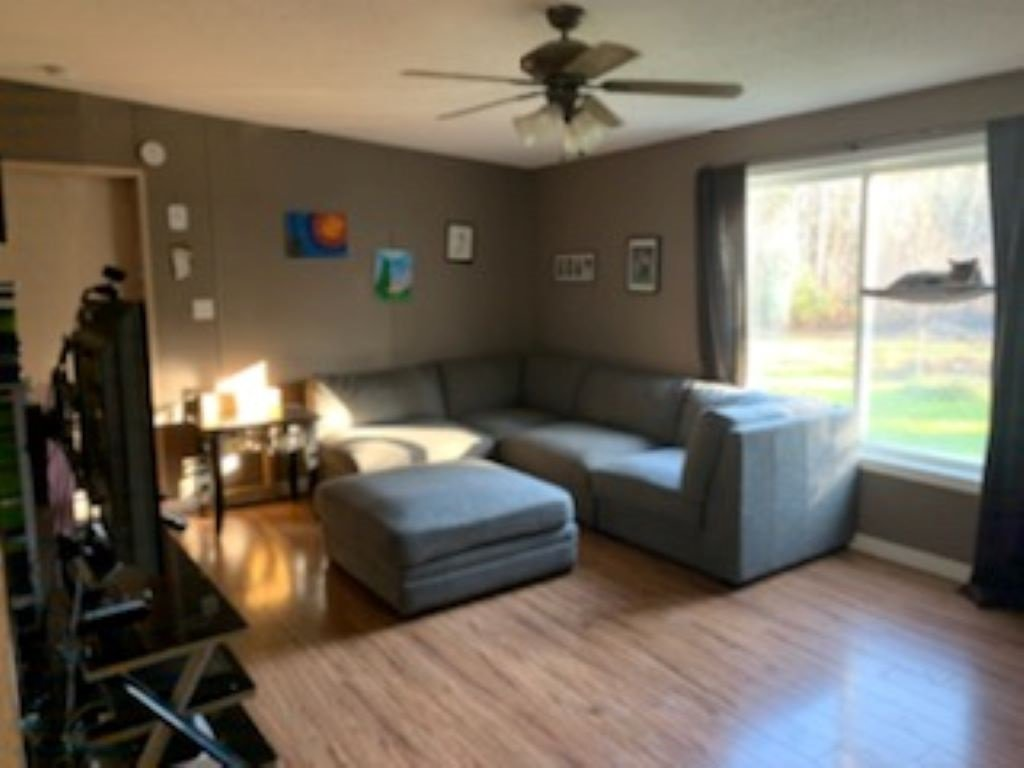 """Photo 4: Photos: 7900 BLOCK Drive in Prince George: Chief Lake Road Manufactured Home for sale in """"CHIEF LAKE RD"""" (PG Rural North (Zone 76))  : MLS®# R2420928"""