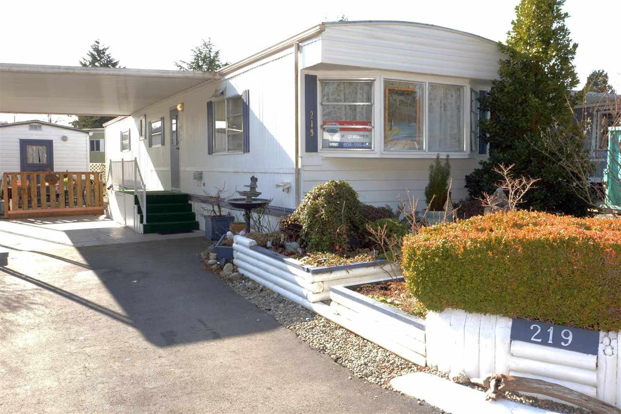 """Main Photo: 219 1840 160 Street in Surrey: King George Corridor Manufactured Home for sale in """"Breakaway Bays"""" (South Surrey White Rock)  : MLS®# R2436590"""