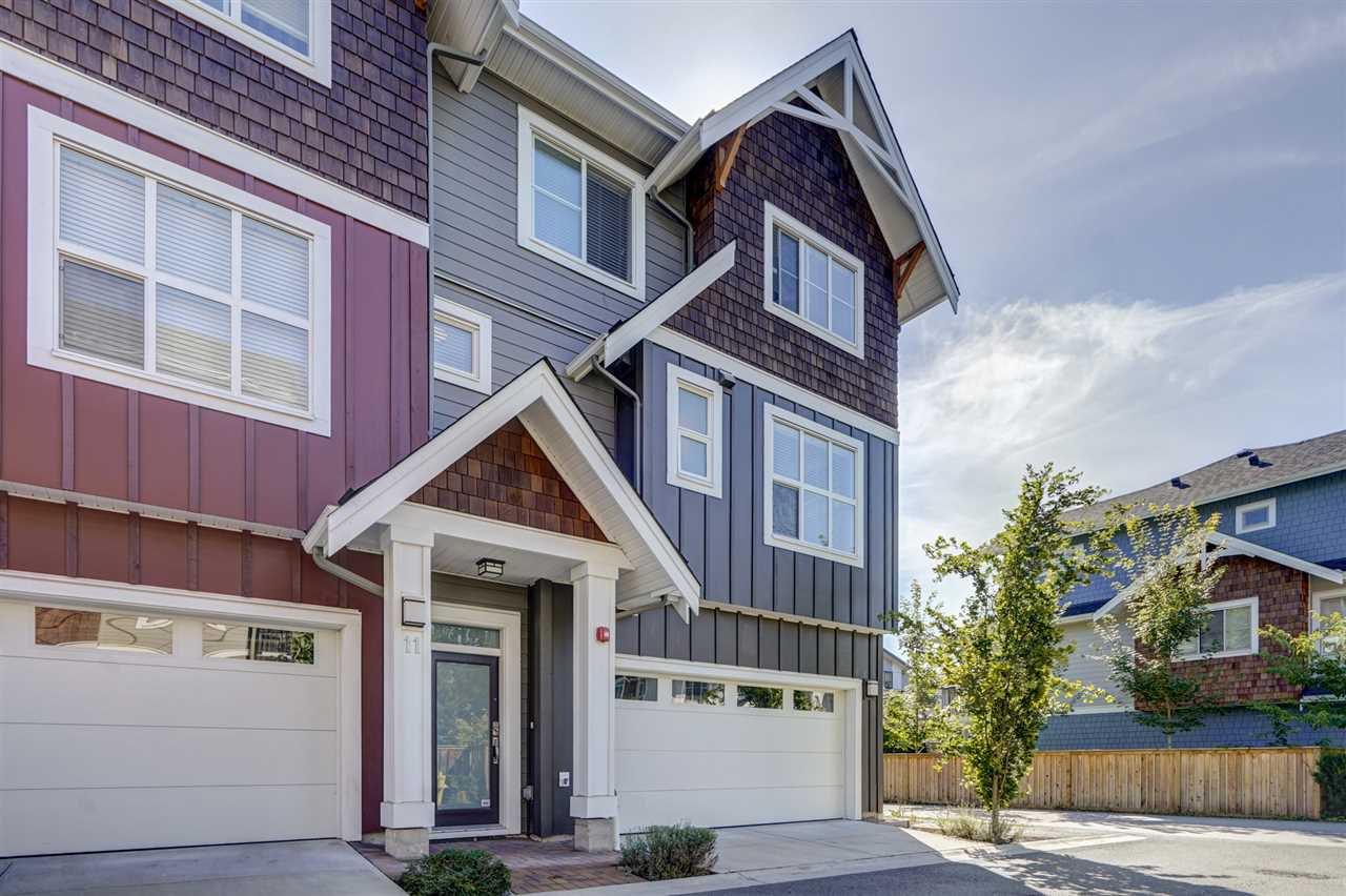 "Main Photo: 11 2150 SALISBURY Avenue in Port Coquitlam: Glenwood PQ Townhouse for sale in ""Salisbury Walk"" : MLS®# R2488285"