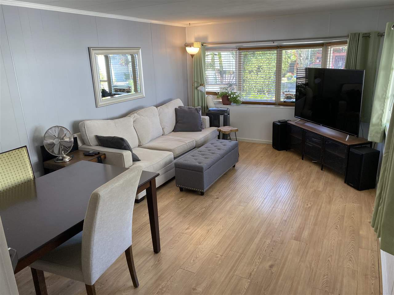 """Main Photo: 74 7790 KING GEORGE Boulevard in Surrey: East Newton Manufactured Home for sale in """"CRISPEN BAYS"""" : MLS®# R2489306"""