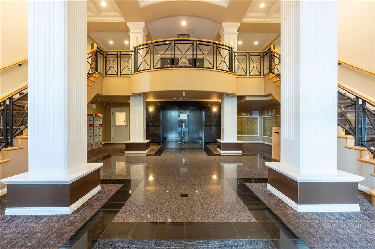 """Main Photo: 230 5888 DOVER Crescent in Richmond: Riverdale RI Condo for sale in """"PELICAN POINTE"""" : MLS®# R2506527"""