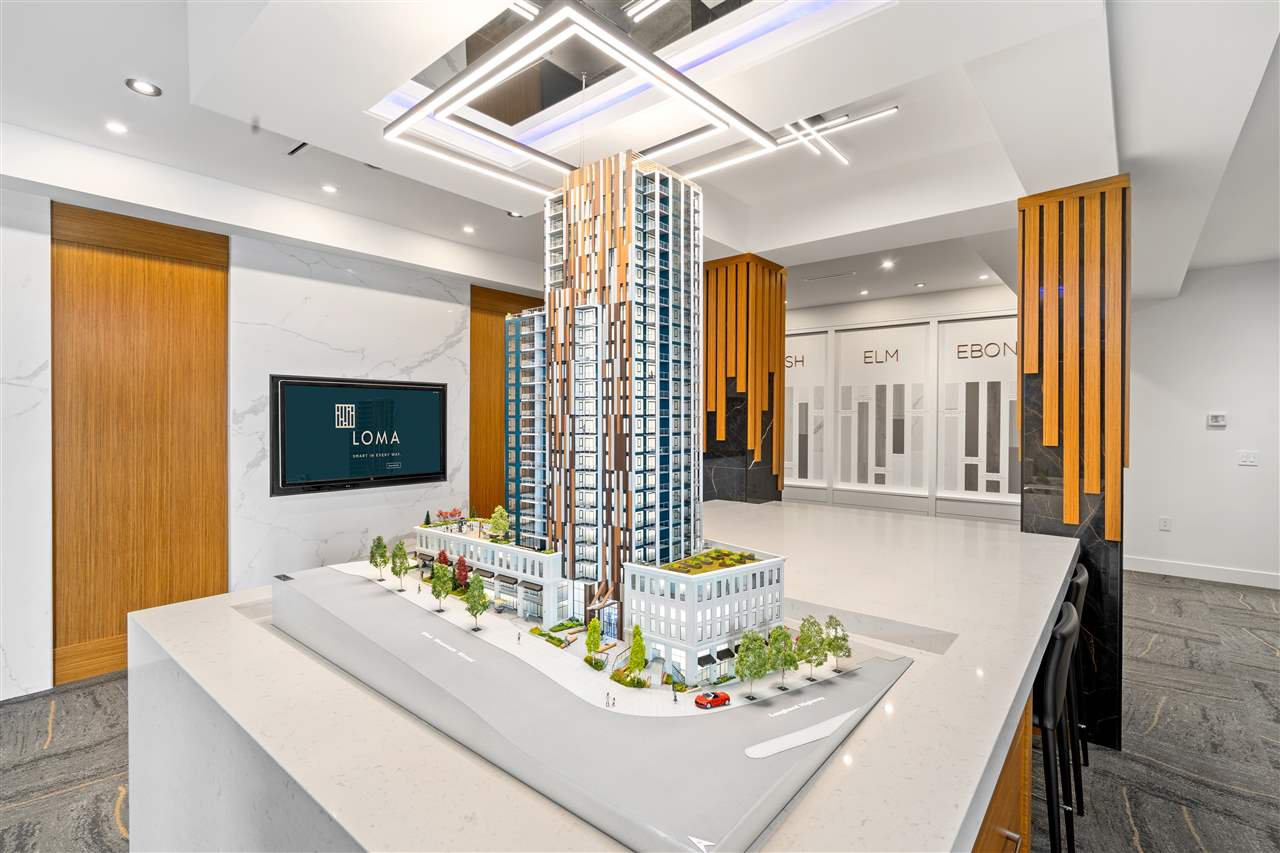 """Main Photo: 1402 901 LOUGHEED Highway in Coquitlam: Maillardville Condo for sale in """"LOMA"""" : MLS®# R2519044"""