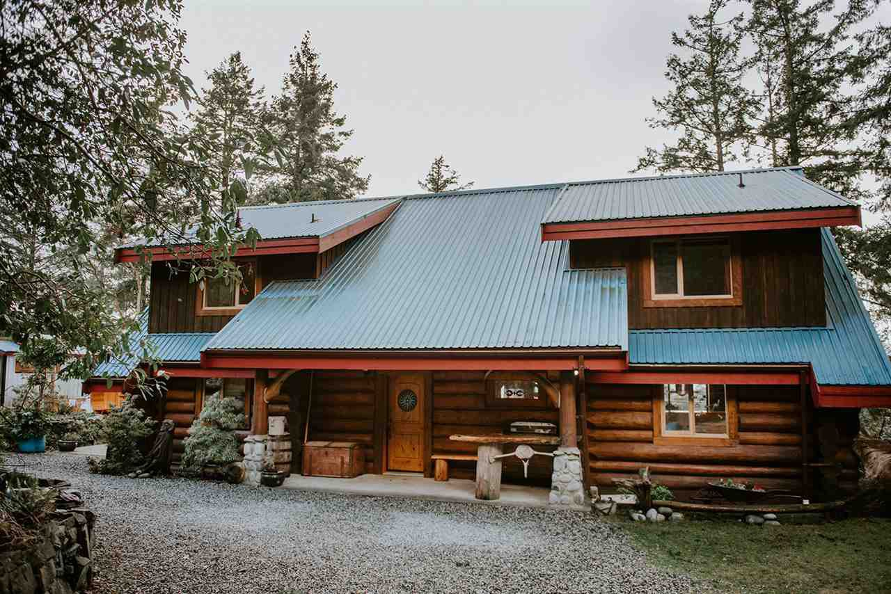 Main Photo: 14140 MIXAL HEIGHTS Road in Pender Harbour: Pender Harbour Egmont House for sale (Sunshine Coast)  : MLS®# R2523532