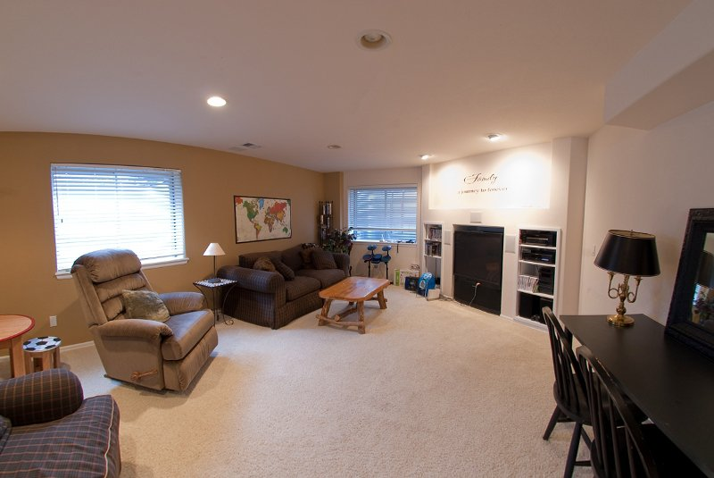 Photo 11: Photos: 6399 Saddle Rock Trail in Aurora: Residential Detached for sale : MLS®# 908338
