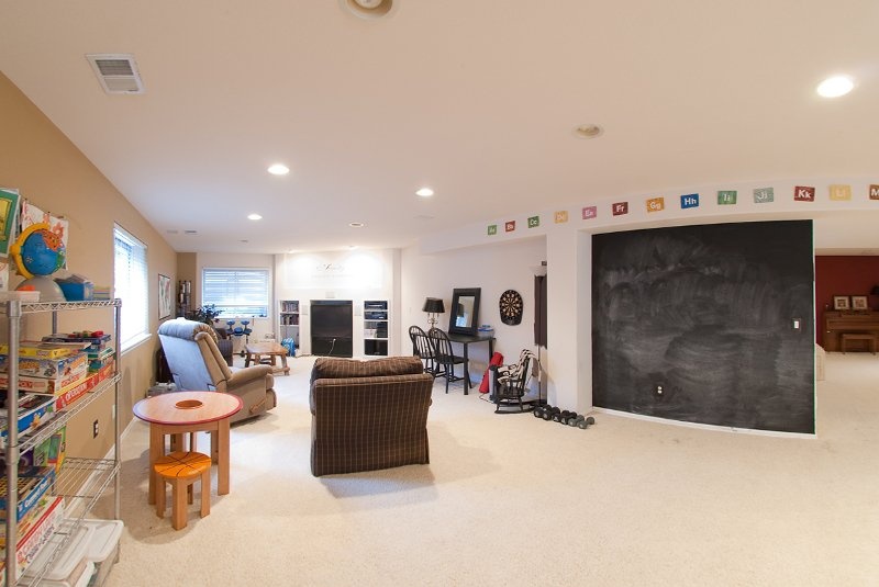 Photo 10: Photos: 6399 Saddle Rock Trail in Aurora: Residential Detached for sale : MLS®# 908338