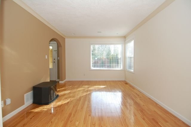 Photo 8: Photos: 6032 MCNEIL ROAD in DUNCAN: House for sale : MLS®# 329329