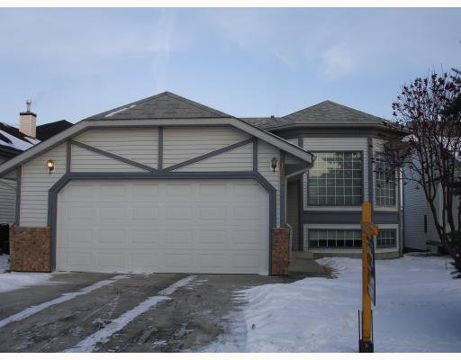 Main Photo: 187 COVENTRY Close NE in CALGARY: Coventry Hills Residential Detached Single Family for sale (Calgary)  : MLS®# C3303962