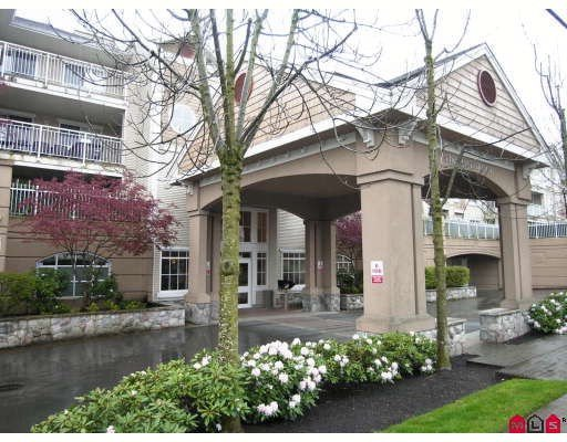 Main Photo: #312 19750 64th Ave in Langley: Condo for sale : MLS®# F2800657