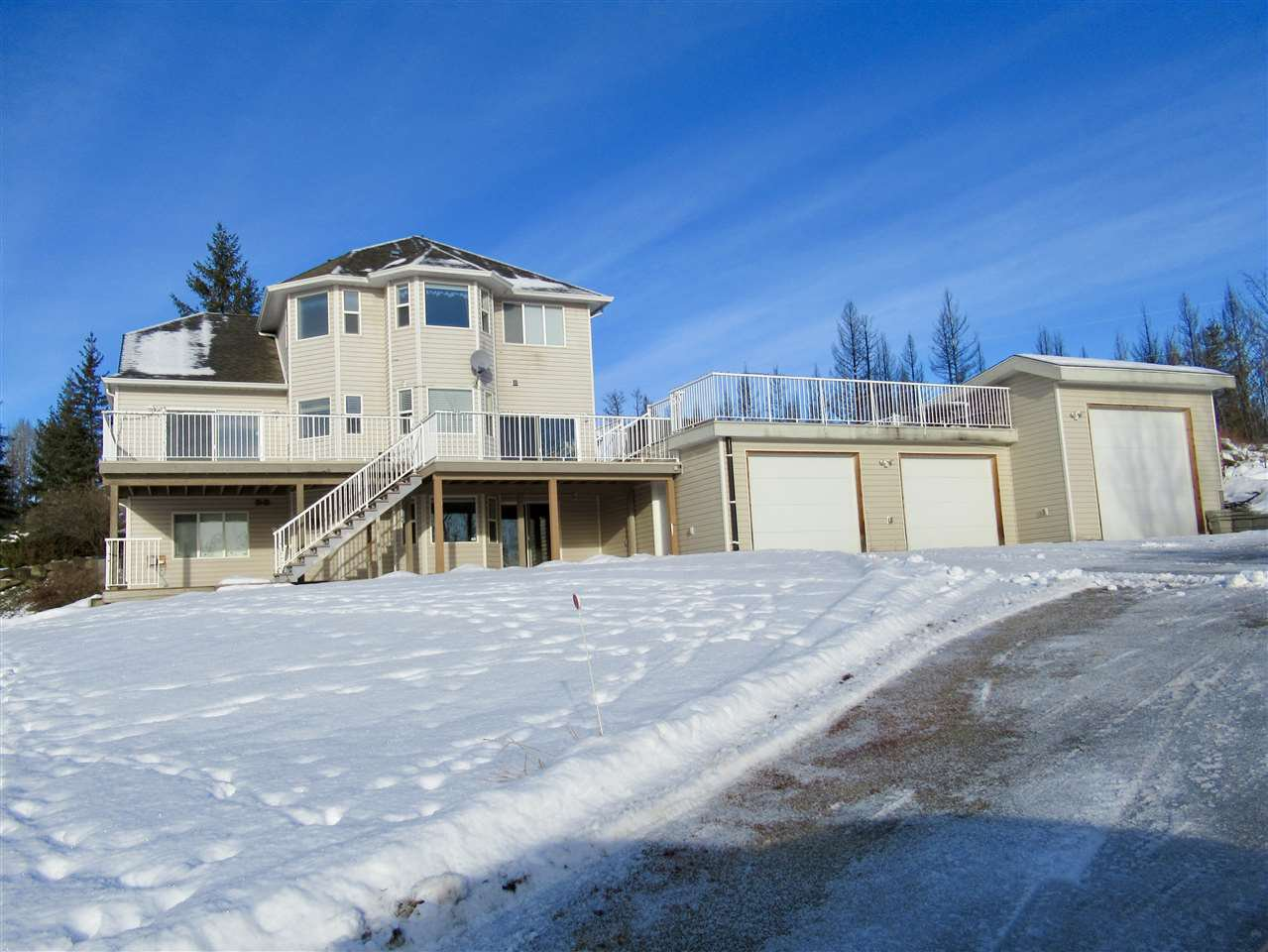 """Photo 16: Photos: 2911 PROSPECTOR Road: 150 Mile House House for sale in """"FRONTIER ESTATES"""" (Williams Lake (Zone 27))  : MLS®# R2430378"""