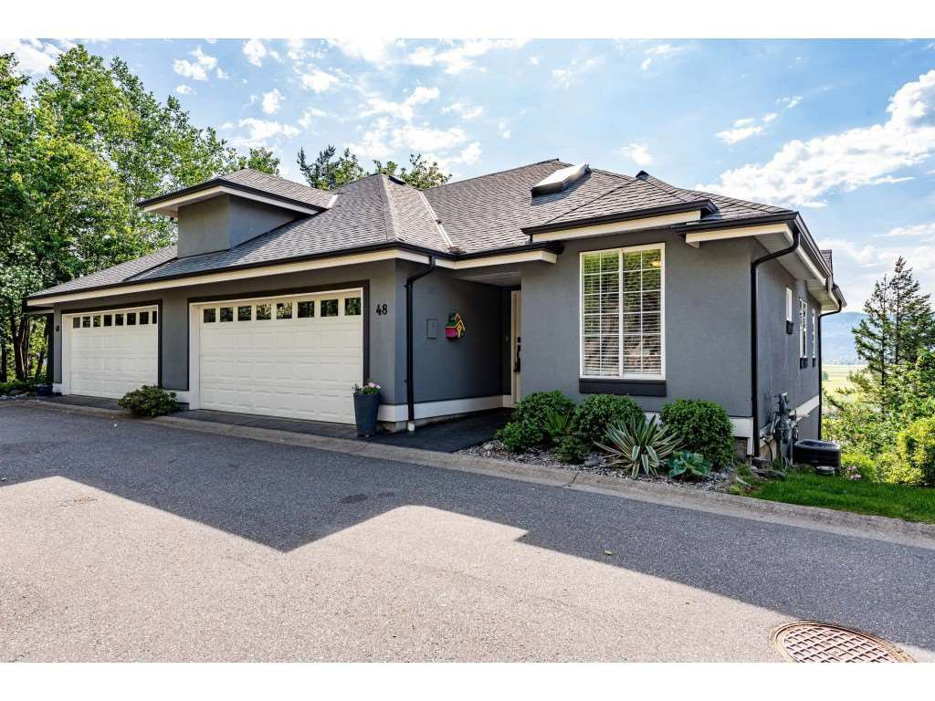 """Main Photo: 48 2068 WINFIELD Drive in Abbotsford: Abbotsford East Townhouse for sale in """"The Summit"""" : MLS®# R2454961"""