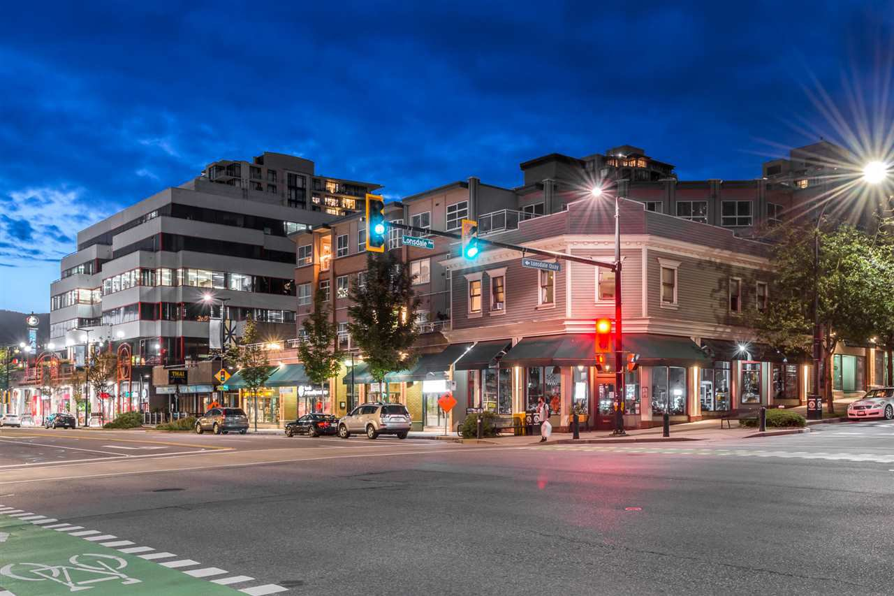 Main Photo: 211 108 W ESPLANADE AVENUE in North Vancouver: Lower Lonsdale Condo for sale : MLS®# R2465693