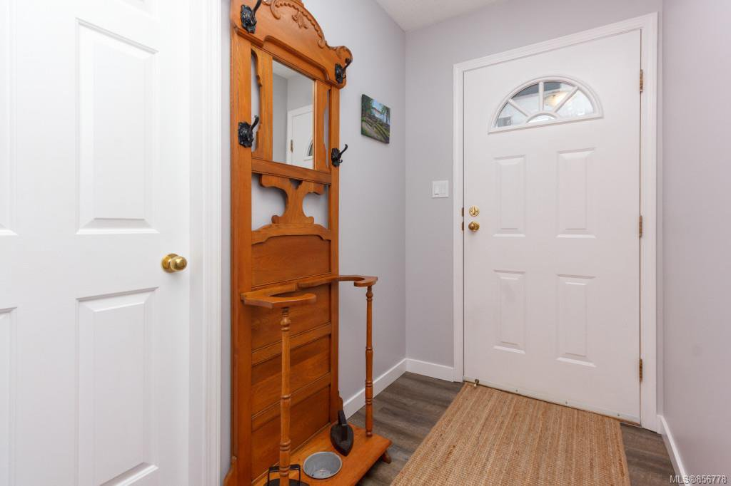 Photo 8: Photos: 48 2600 Ferguson Rd in : CS Turgoose Row/Townhouse for sale (Central Saanich)  : MLS®# 856778