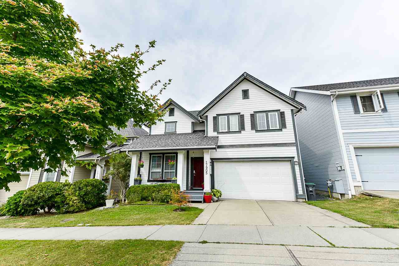 Main Photo: 17905 70 AVENUE in Surrey: Cloverdale BC House for sale (Cloverdale)  : MLS®# R2486299