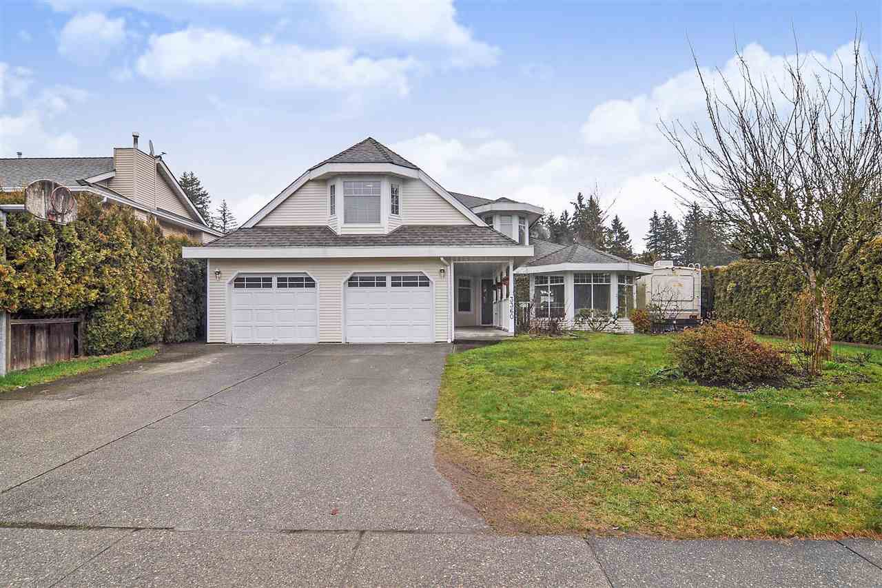 "Main Photo: 3360 198A Street in Langley: Brookswood Langley House for sale in ""Meadowbrook Estates"" : MLS®# R2441290"
