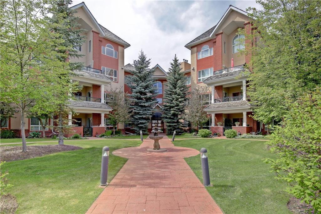 Main Photo: 313 60 SIERRA MORENA Landing SW in Calgary: Signal Hill Apartment for sale : MLS®# C4305459