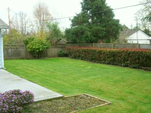 """Photo 2: Photos: 1615 MCBRIDE ST in North Vancouver: Norgate House for sale in """"NORGATE"""" : MLS®# V584733"""