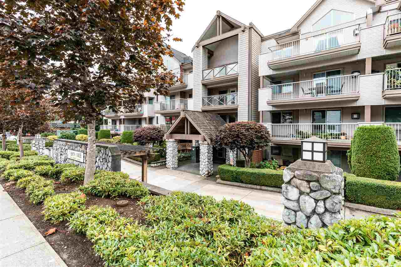 "Main Photo: 208 33478 ROBERTS Avenue in Abbotsford: Central Abbotsford Condo for sale in ""ASPEN CREEK"" : MLS®# R2407209"