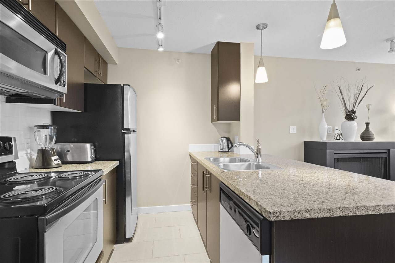 """Main Photo: 510 618 ABBOTT Street in Vancouver: Downtown VW Condo for sale in """"FIRENZE"""" (Vancouver West)  : MLS®# R2417068"""
