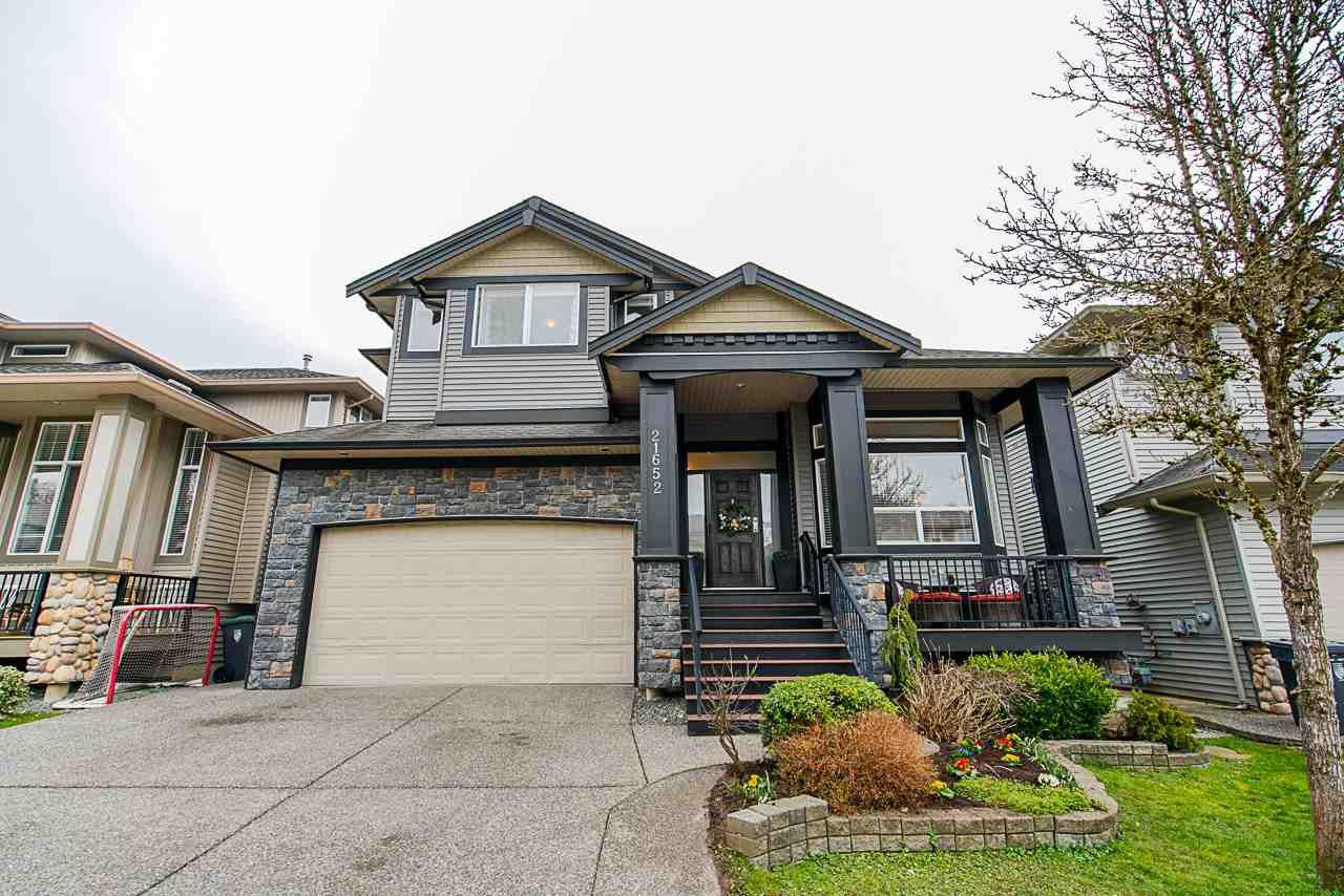 Main Photo: 21652 90B AVENUE in : Walnut Grove House for sale : MLS®# R2445516