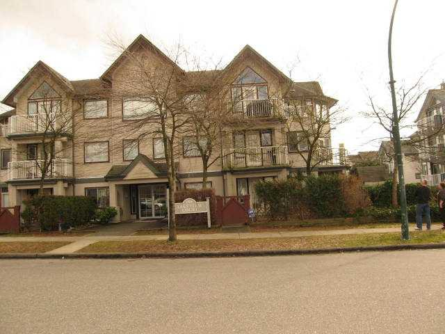 """Photo 1: Photos: # 306 1928 E 11TH AV in Vancouver: Grandview VE Condo for sale in """"Lakeview Court"""" (Vancouver East)  : MLS®# V873866"""