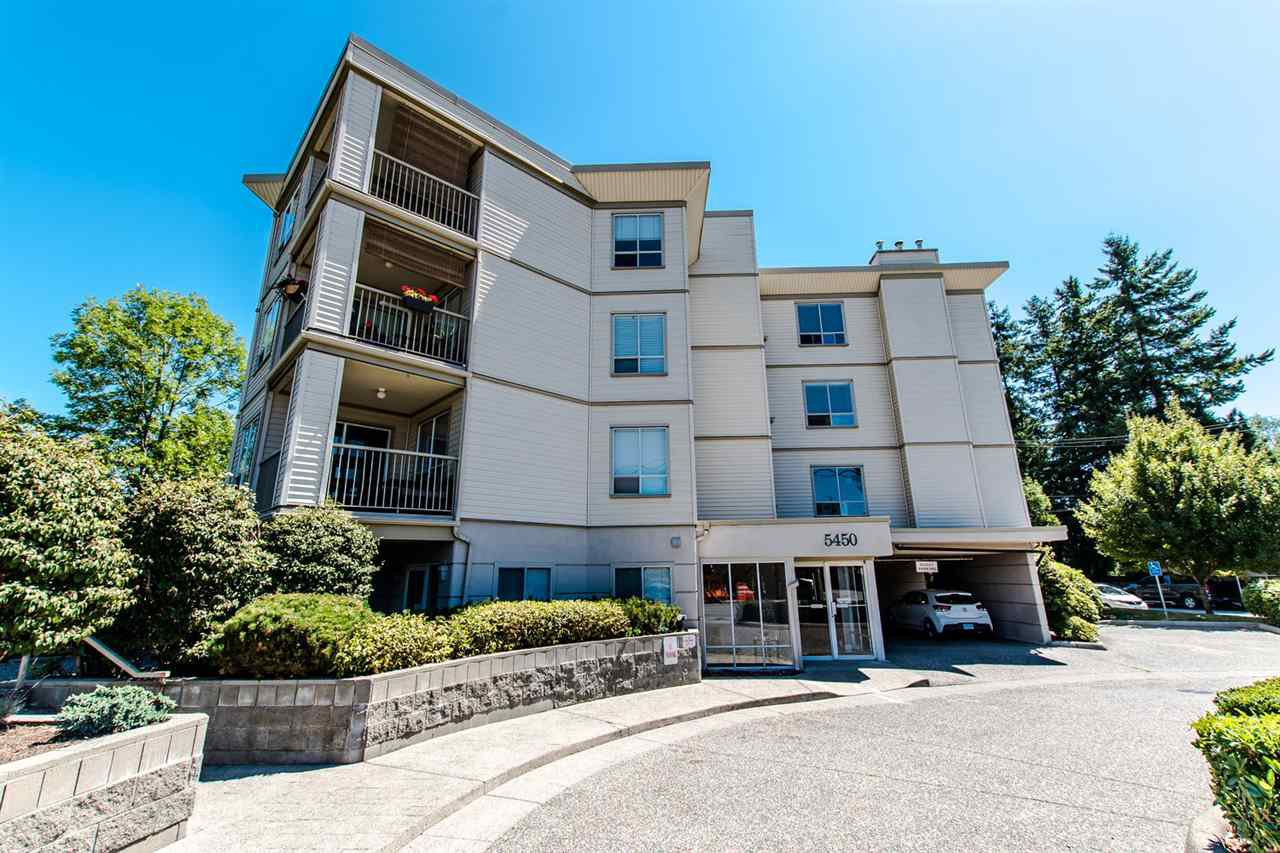 "Main Photo: 304 5450 208 Street in Langley: Langley City Condo for sale in ""Montgomery Gate"" : MLS®# R2410335"