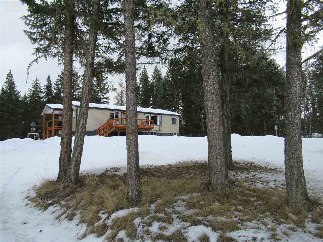 Main Photo: 3084 PIGEON Road: 150 Mile House Manufactured Home for sale (Williams Lake (Zone 27))  : MLS®# R2442650