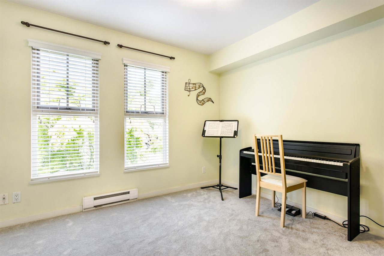 Photo 13: Photos: 244 15 SIXTH Avenue in New Westminster: GlenBrooke North Townhouse for sale : MLS®# R2458563