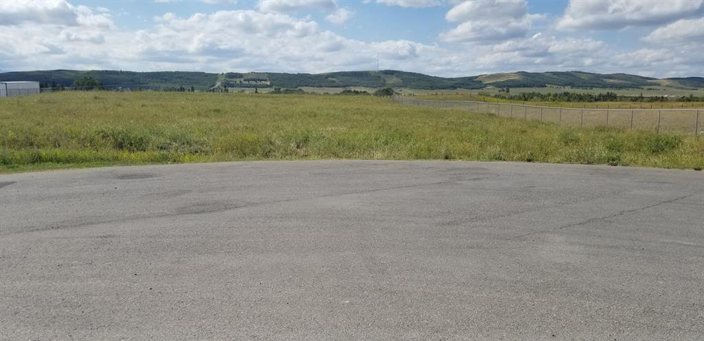 Main Photo: lot 10 3 Street NE: Black Diamond Land for sale : MLS®# A1032423