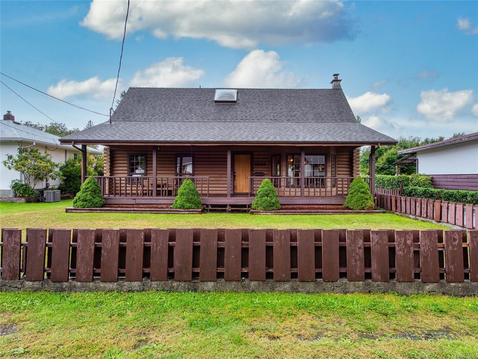 Main Photo: 6242 Compton Rd in : PA Port Alberni House for sale (Port Alberni)  : MLS®# 856882
