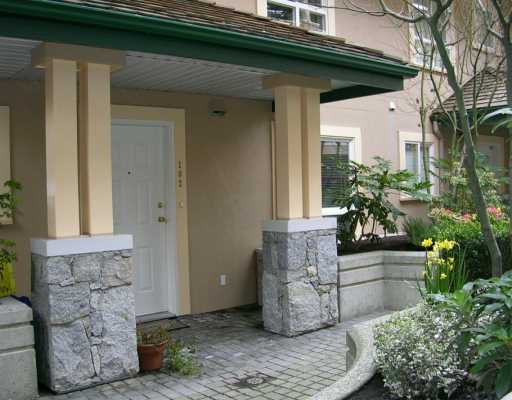 "Main Photo: 102 257 E KEITH RD in North Vancouver: Lower Lonsdale Townhouse for sale in ""MCNAIR PARK"" : MLS®# V583707"