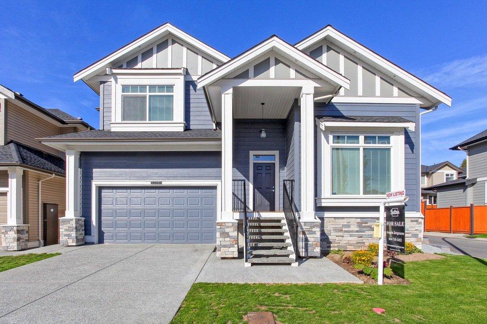 Main Photo: 20381 Wicklund Avenue in VillageWalk: Home for sale : MLS®# R2115562