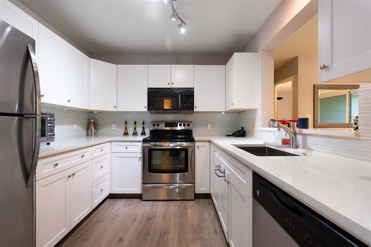 """Main Photo: 306 3970 LINWOOD Street in Burnaby: Burnaby Hospital Condo for sale in """"CASCADE VILLAGE"""" (Burnaby South)  : MLS®# R2504522"""