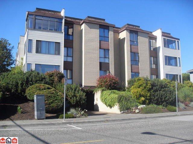 Main Photo: 15265 Roper in White Rock: Duplex for sale : MLS®# F1024940