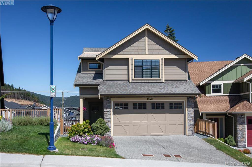 Main Photo: 1142 Bombardier Cres in VICTORIA: La Westhills House for sale (Langford)  : MLS®# 828324