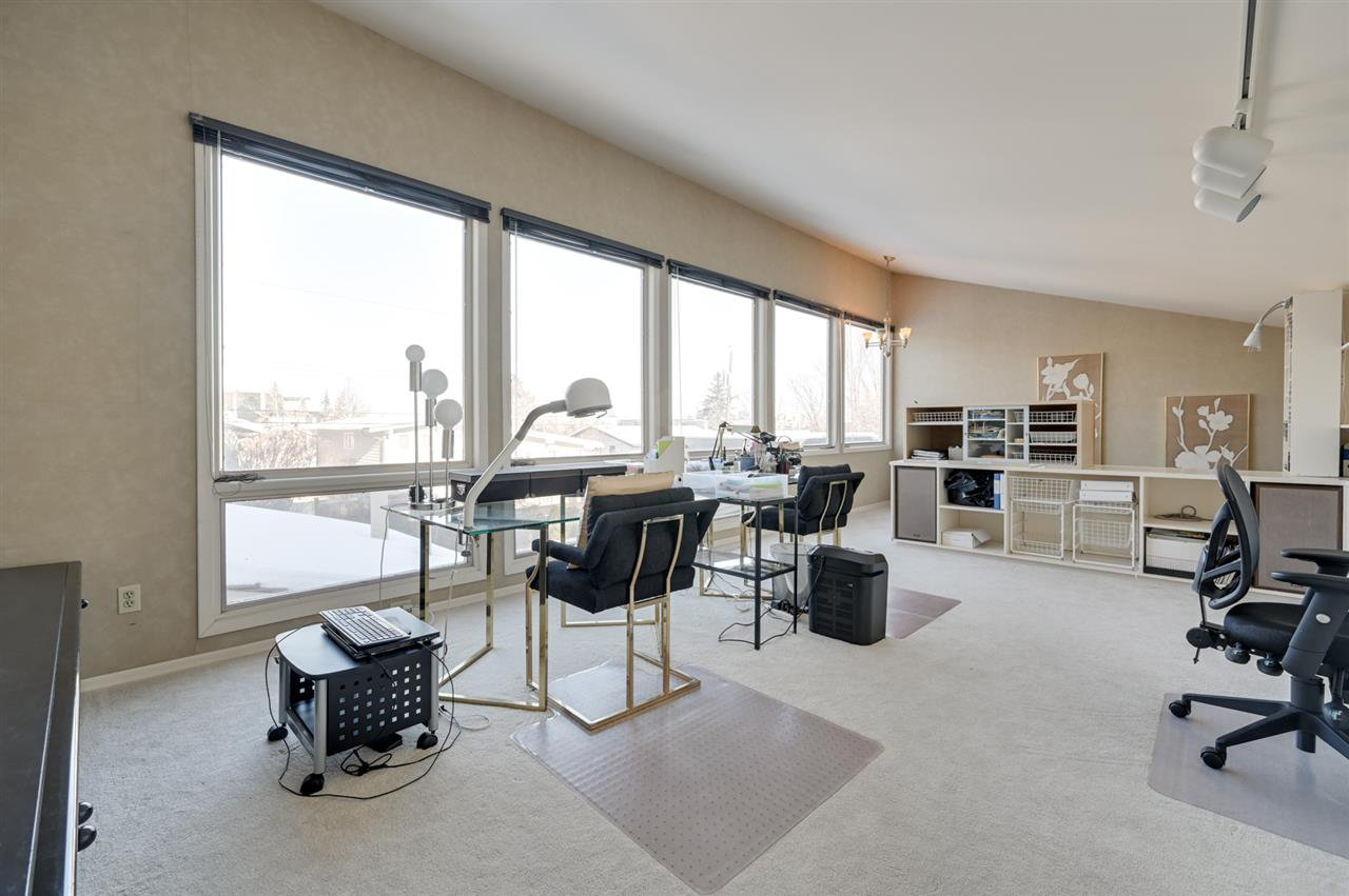 Main Photo: 13912 92 Avenue in Edmonton: Zone 10 House for sale : MLS®# E4186937