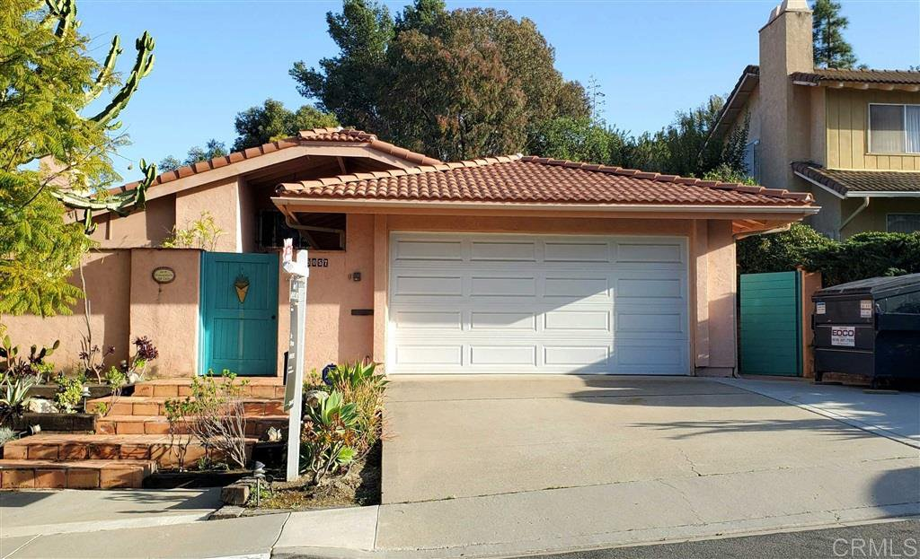 Main Photo: DEL CERRO House for sale : 4 bedrooms : 8057 Hillandale Dr in San Diego