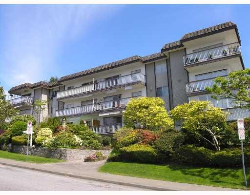 Main Photo: # 208 3080  Lonsdale Ave in North Vancouver: Upper Lonsdale Condo for sale : MLS®# V640967