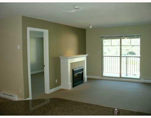 "Photo 3: Photos: 304 2468 ATKINS Avenue in Port_Coquitlam: Central Pt Coquitlam Condo for sale in ""BORDEAUX"" (Port Coquitlam)  : MLS®# V651371"